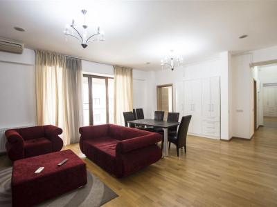 Vanzare apartament cu 5 camere langa Parcul Herastrau