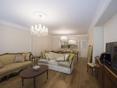 Primaverii vanzare apartament in vila zona Charles de Gaulle