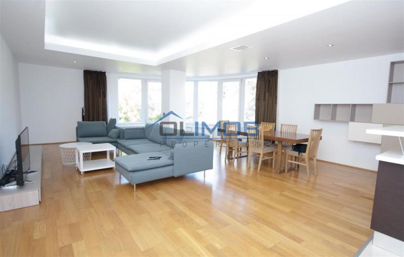 Apartament cu vedere catre Parcul  Herastrau