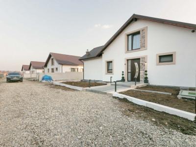 Vila 5 camere si mansarda in Izvorani (comision 0)