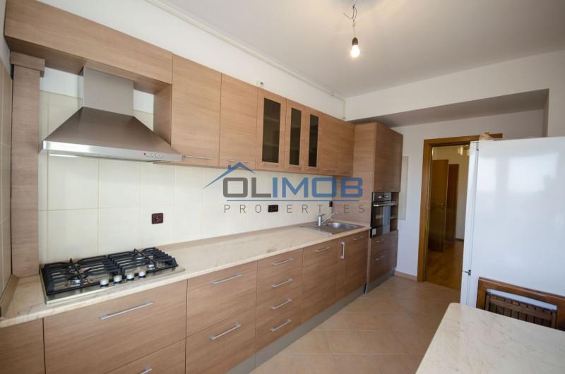 Mosilor apartament 3 camere cu vedere libera