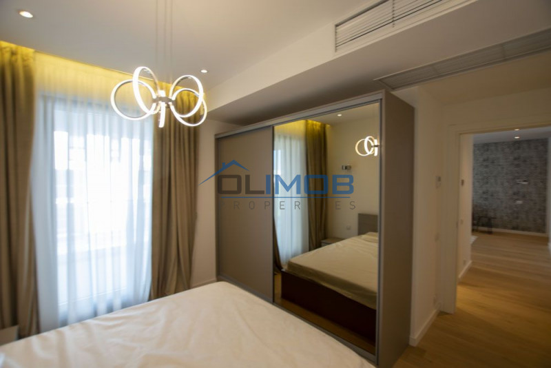 Apartament 3 camere One Herastrau Plaza