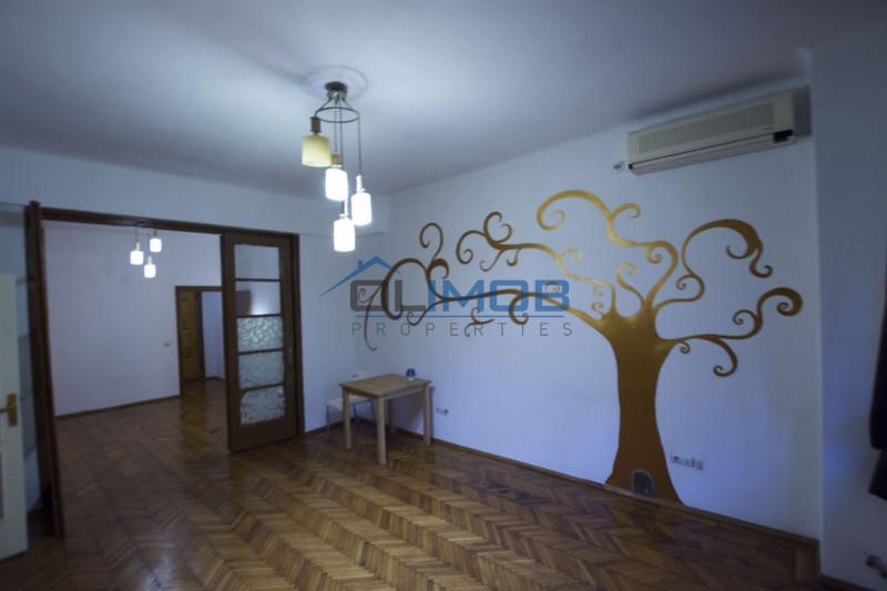 Vanzare apartament in vila Primaverii - Dorobanti