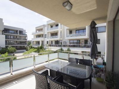 Vanzare apartament 3 camere cu terasa generoasa Pipera OMV