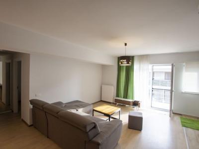 Petrom City inchiriere apartament 3 camere Straulesti