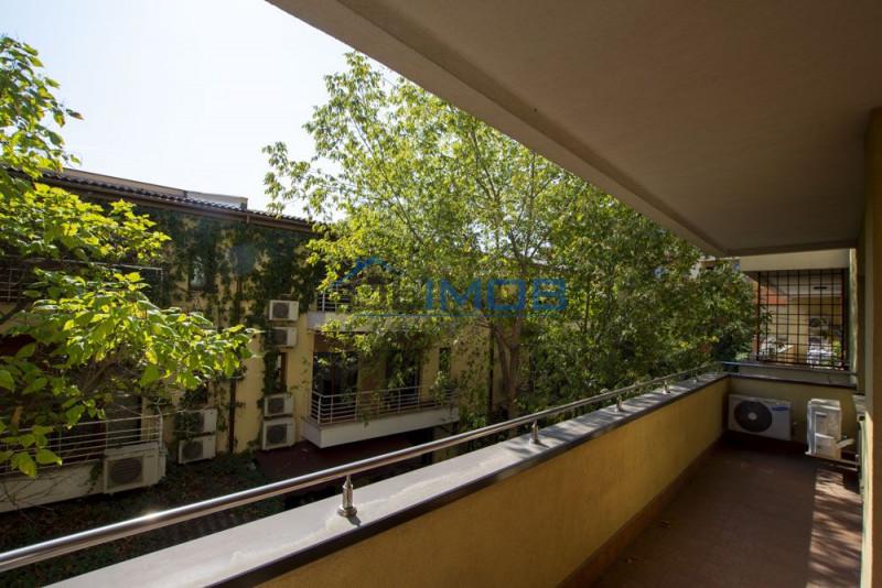 Herastrau apartament 3 camere cu terasa 16 mp