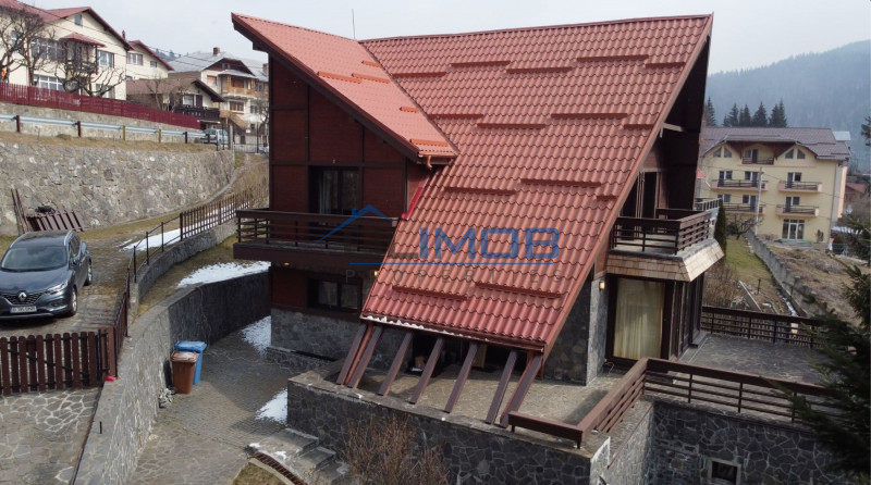 Busteni vila cu arhitectura si view, descopera ce inseamna acasa