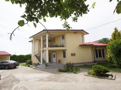 Vanzare vila/pensiune zona Techirghiol faleza