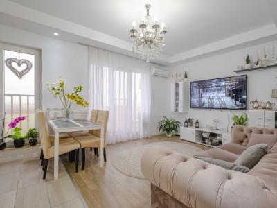 Cosmopolis vanzare apartament 3 camere complet mobilat
